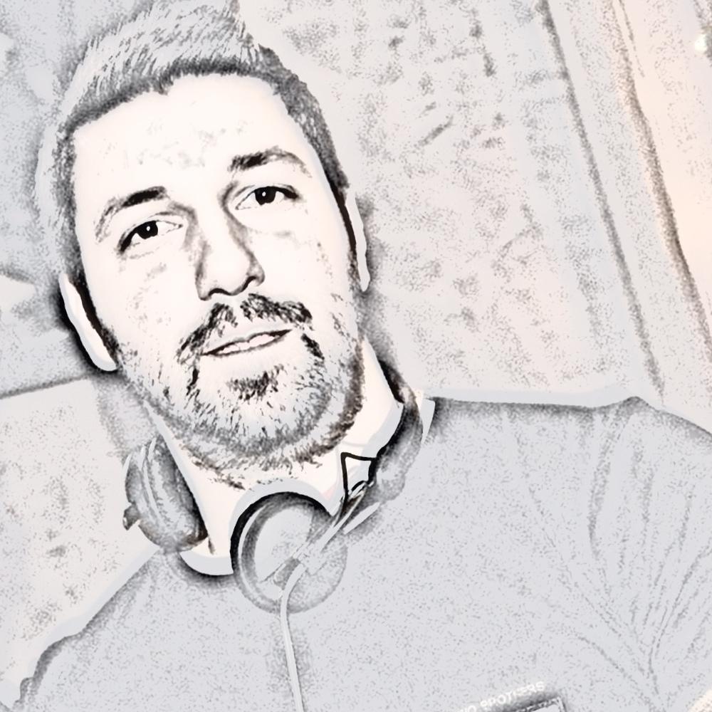 DJ VASILIS KOUTONIAS